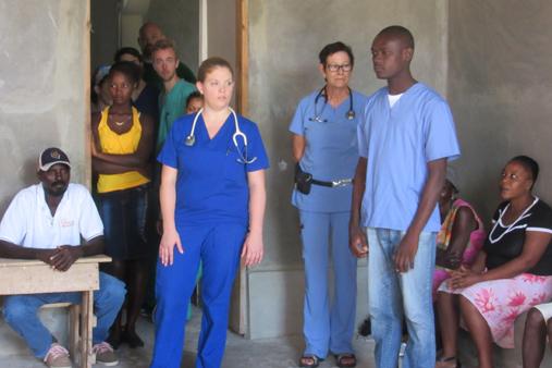 2015 Haiti 20 SE Sante Total clinic Alison intro team 1-t