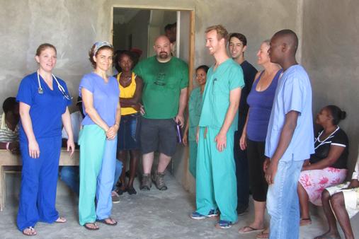 2015 Haiti 20 SE Sante Total clinic Alison intro team 3-t